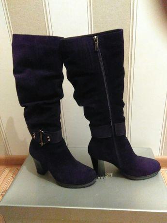 Жіночі зимові чоботи замшеві