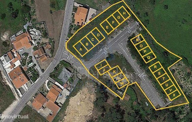 Terreno Urbano ( 5.465 m2 ) - Loteamento Aprovado 23 Moradias Geminada