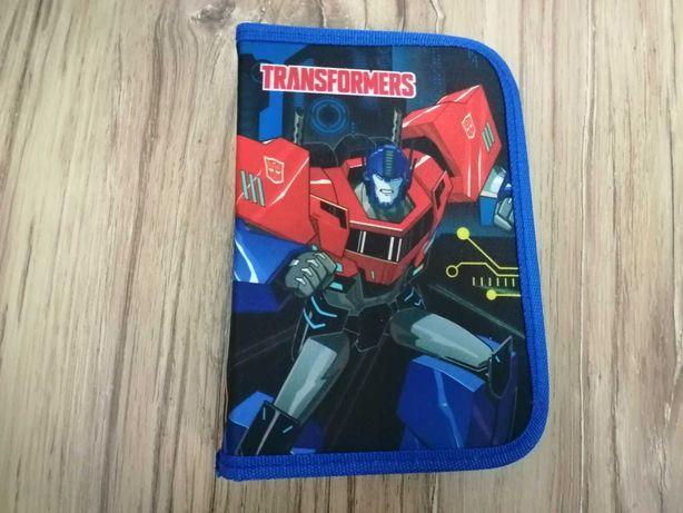Nowy piórnik szkolny Transformers