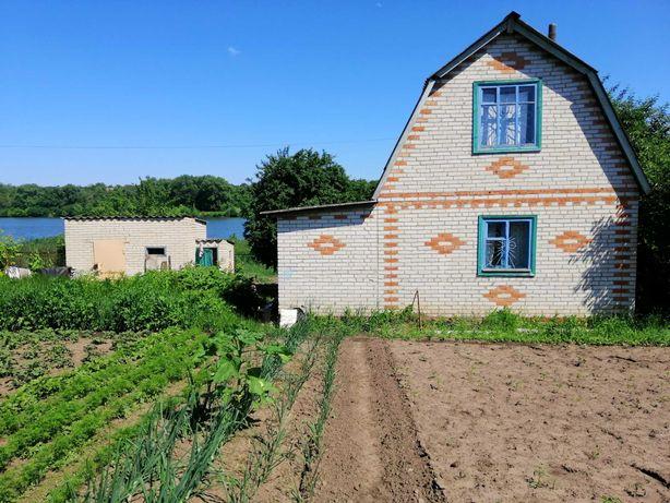 Продам дачу: земельный участок и домик в районе рыбхоза