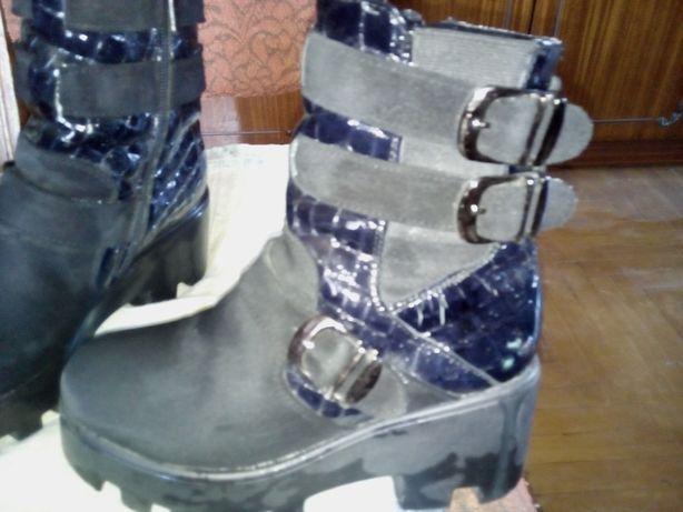 Ботинки 35 размера