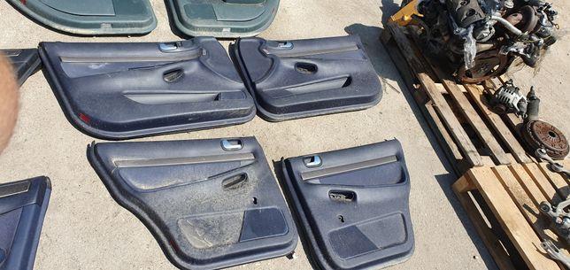 Audi a4 b5 lift boczki komplet niebieskie