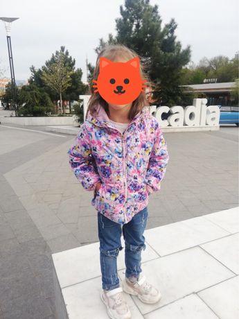 Димемезонная куртка для девочки 104 см