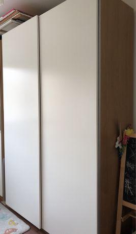 Roupeiro PAX IKEA 2,36m altura c/Portas de Correr 1,5m