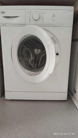 Maquina lavar roupa Beko em bom estado