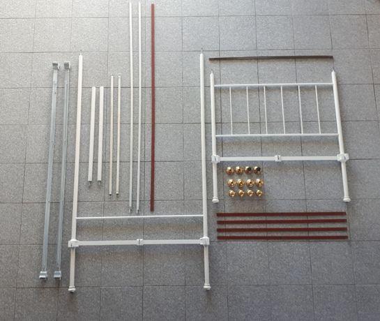 Cama de solteiro em ferro branca (1,83x0,95)