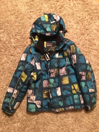 Горнолыжная курточка на мальчика