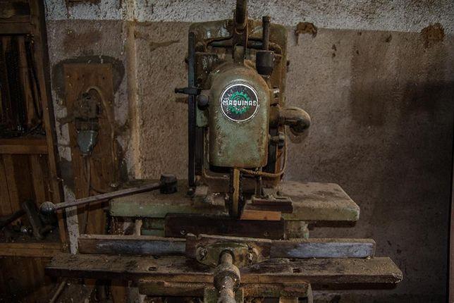 Máquina de Furar por Correntes (marca Pinheiro)
