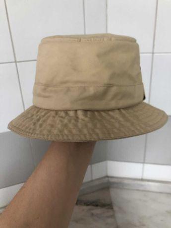 Bucket hat/chapéu