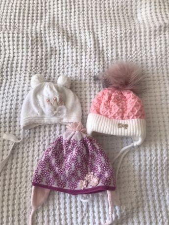 Шапка на девочку 0-5 месяцев