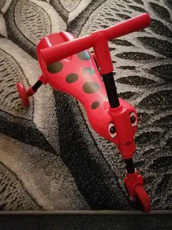 Rowerek jeździk pchacz biedronka
