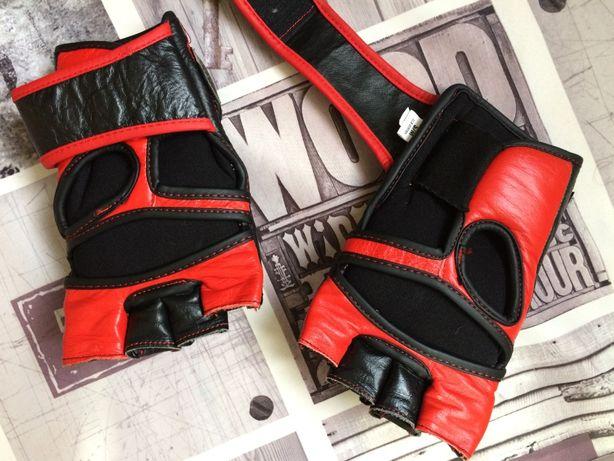 Перчатки боксёрские новые