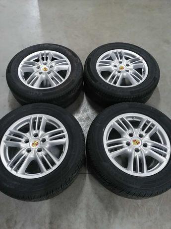 Komplet kół Porsche Cayenne 8Jx18H2  Felgi aluminiowe Opony
