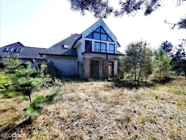 Ponadczasowy dom z ogromną działką na skraju lasu