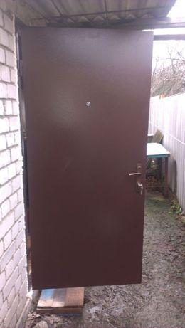 Входные двери металлические уже готовые со склада низкая цена.