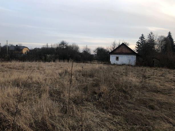 Продається ділянка з старим будинком в селі Кустин