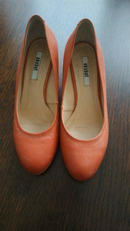 Skórzane buty 39 Eksbut
