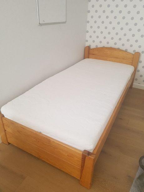 Łóżko sosnowe 90x200 z materacem