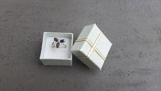 кольцо серебро 925 черный агат цирконий 17 рр колечко в коробочке