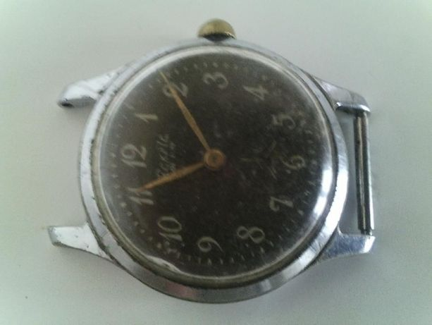 Часы наручные мужские.