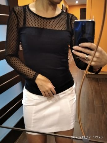 Czarna piękna bluzka