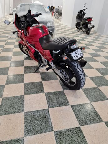 Vendo Suzuki 1100