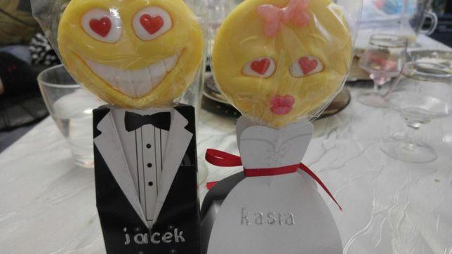Stojące winietki ślubne na stół weselny dla gości