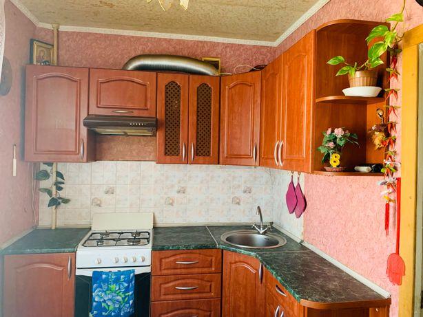 Продам 3 комнатную квартиру на Песках
