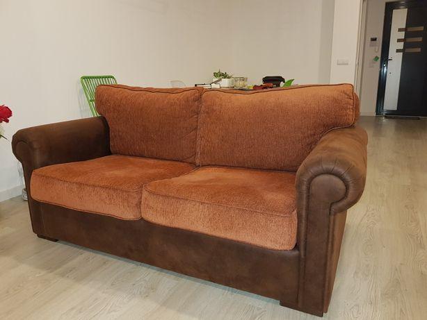 Sofa de sala com 2 Pufes