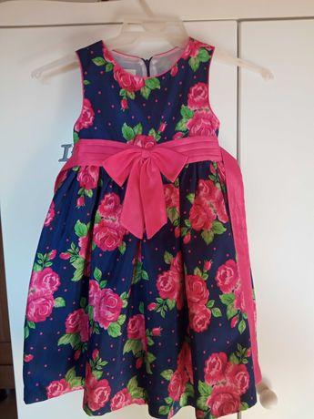 Sukienka w kwiaty, na 104