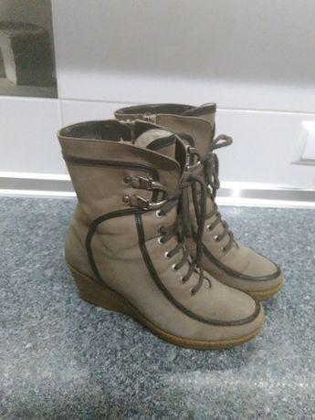 Сапоги ботинки кожаные зимние 39 размер.
