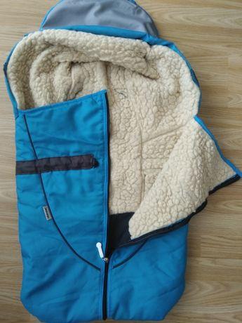 Zimowy śpiwór do wózka lub na sanki