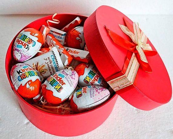 Коробка со сладостями - подарок на любой праздник
