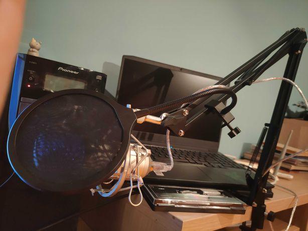 Mikrofon Novox NC-1 wraz z ramieniem, koszykiem oraz pop filtrem