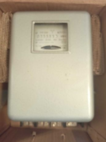 Licznik kilowatogodzin  trójfazowy 3x 220\380V 25/100A