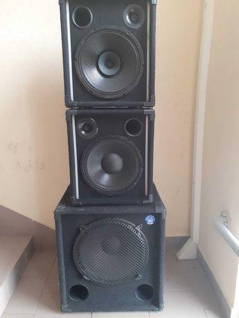 Zestwa kolumn głośnikowych