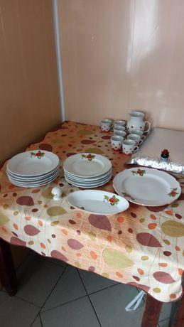 Набор тарілок, тарелок