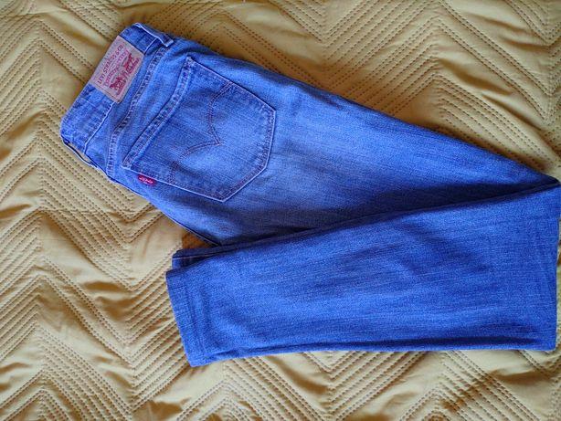 Spodnie Levi's rozmiar 24/xs