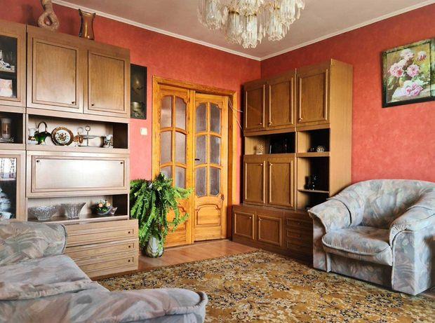 3к кв в высотном доме, метро Защитников Украины 2 мин