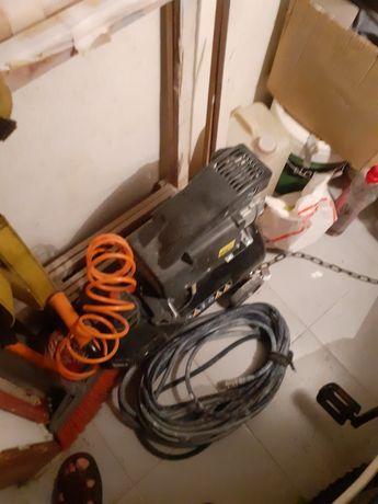 Vendo compressor e lixadeira de paredes