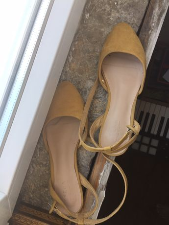 Sapatos/mules amarelos 38 Sfera