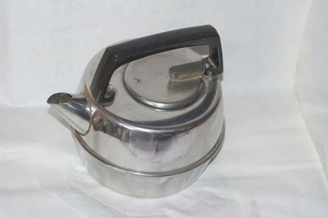 Продам чайник из нержавейки на 3 литра производства ссср.