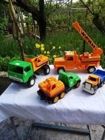 Набор  пластиковых машин фирмы Orion