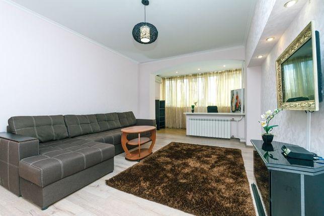 Квартира 3 ком возле Оперного театра на Богдана Хмельницкого 39