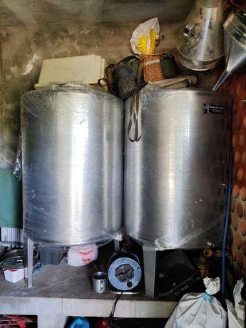 2 Cubas de Inox 600 litros