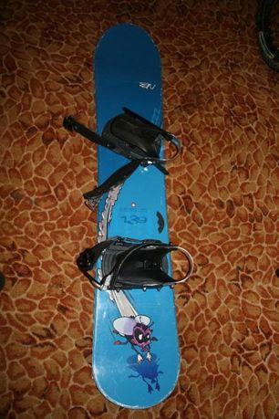 Deska snowboardowa NIDECKER 139 cm z wiązaniami