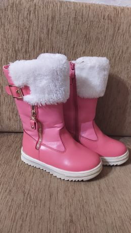 Зимние сапоги для девочки . Сапожки зимние