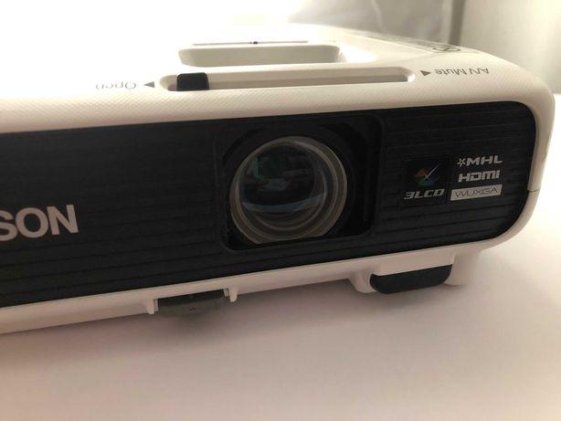 Projektor rzutnik natywne FullHD Epson 100% sprawny