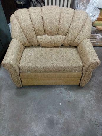 Продаётся кресло