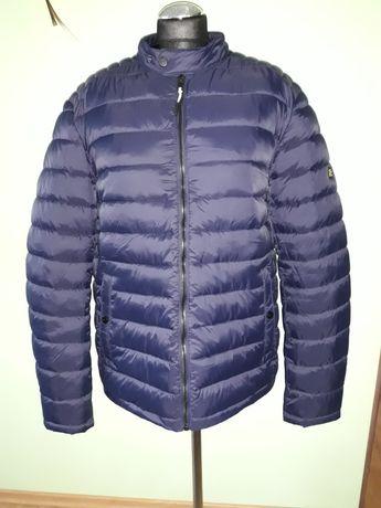 Pikowana kurtka z